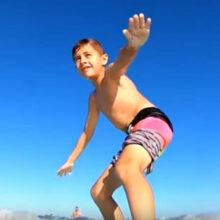 Акула не дала ребёнку позаниматься сёрфингом