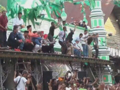 Людей, явившихся на фестиваль, одарили бесплатным сахаром