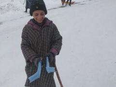 Юный изобретатель подарил сам себе необычные лыжи