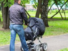 Стоит ли выросшему ребенку искать отца, который бросил семью?