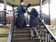 Истинный джентльмен нашёл свою викторианскую леди