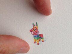 Художница радует поклонников миниатюрными изображениями повседневных вещей