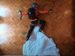 Режиссёр сумел покататься на лыжах в собственной гостиной