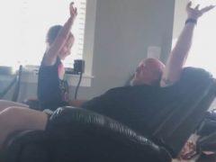 Игра отца с дочерью чуть было не закончилась очень плохо