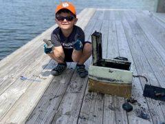 Удачливый мальчик нашёл давно похищенный сейф