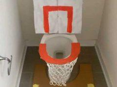 Для того, чтобы почувствовать себя баскетболистом, выдумщику достаточно пойти в туалет