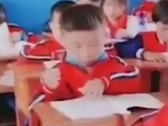 Ученик попытался вложить знания прямиком себе в голову