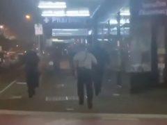 Во время погони полицейский умудрился уронить пистолет