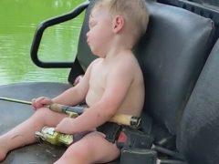 Дремать оказалось куда интереснее, чем ловить рыбу