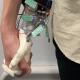 Вместо реальной девушки можно пойти на прогулку с роботизированной рукой