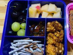 Сигареты, предложенные на обед школьнице, оказались всего лишь печеньем