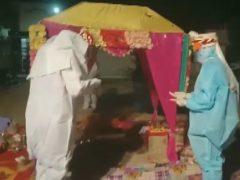 Из-за коронавируса жениху с невестой пришлось отказаться от традиционных нарядов