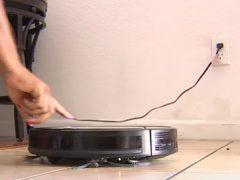 Трудолюбивый робот-пылесос чуть не попал под арест