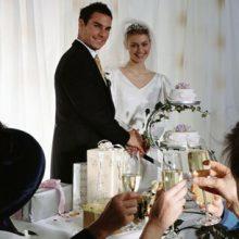 Будущей маме не разрешили прийти на свадьбу брата с ребёнком