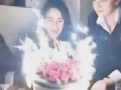 Праздничный торт получился слишком огненным