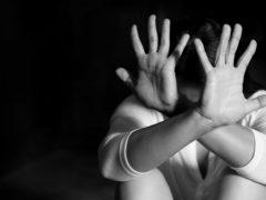 Эмоциональное насилие и созависимость: что притягивает абьюзеров и как закончить мучительные отношения?